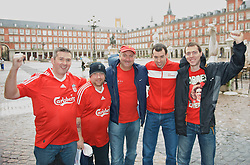 MADRID, SPAIN - Wednesday, October 22, 2008: Liverpool supporters from Old Swan in the Spanish rain at Plaza Mayor in Madrid ahead of the UEFA Champions League Group D match against Club Atletico de Madrid. (Photo by David Rawcliffe/Propaganda)