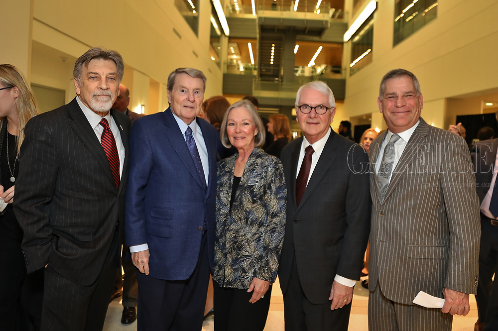 co-chair Tom Eschen, Lifetime Achievement Honoree Jim Lehrer, Honorary Committee Carol and Tom Voss, co-chair and President Bill Greenblatt