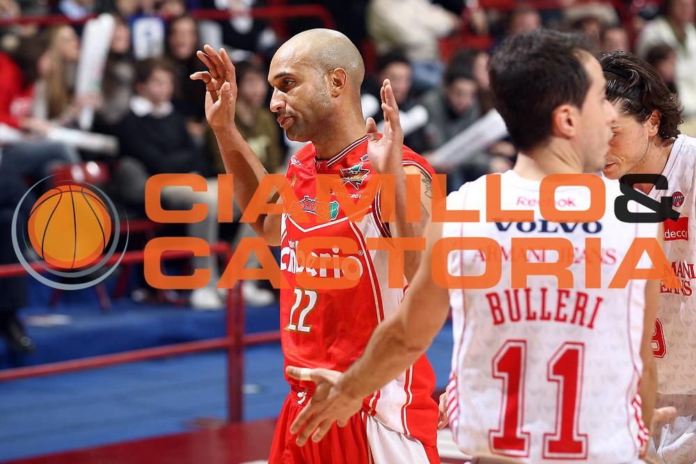DESCRIZIONE : Milano Lega A 2009-10 Armani Jeans Milano Cimberio Varese<br /> GIOCATORE : Randolph Childress<br /> SQUADRA : Cimberio Varese<br /> EVENTO : Campionato Lega A 2009-2010 <br /> GARA : Armani Jeans Milano Cimberio Varese<br /> DATA : 31/01/2010<br /> CATEGORIA : Ritratto<br /> SPORT : Pallacanestro <br /> AUTORE : Agenzia Ciamillo-Castoria/G.Cottini<br /> Galleria : Lega Basket A 2009-2010 <br /> Fotonotizia : Milano Campionato Italiano Lega A 2009-2010 Armani Jeans Milano Cimberio Varese<br /> Predefinita :