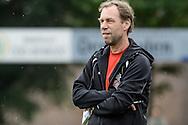 29-05-2016: Voetbal: Elinkwijk v De Zouaven: Utrecht<br /> <br /> Coach Pim Kaagman van De Zouaven<br /> <br /> Promotie degradatieduel, Seizoen 2015-2016<br /> <br /> De Zouaven verliest het duel met 3-0 en degradeerd hierdoor voor de tweede maal op rij naar de 2e klasse.<br /> <br /> Foto: Gertjan Kooij