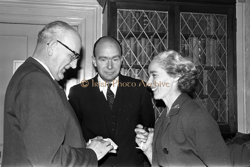 14/02/1963<br /> 02/14/1963<br /> 14 February 1963<br /> Reception for Course for Rural Amateur Drama Producers. At a reception in the Shelbourne Hotel, Dublin, Esso Petroleum Company (Ireland) Ltd. announced their intention to sponsor an annual course for Rural Amateur Drama Producers. Picture shows (l-r): Mr D.J. Dune, Managing Director of Esso; Dr. P.J. Hillery, Minister for Education and Mrs Kit Ahern, President of the Irish Countrywomens' Association chatting at the reception.