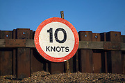 Ten knots speed limit sign