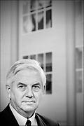 Nederland, Den Haag , 19-9-1995<br /> Portret van Frits Bolkestein, van de VVD, wachtend op een interview tijdens prinsjesdag 1995.<br /> Foto: Flip Franssen