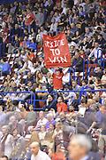 DESCRIZIONE : Milano Lega Basket Serie A 2013-2014 EA7 EMPORIO ARMANI OLIMPIA MILANO - ACQUA VITASNELLA CANTU'<br /> GIOCATORE : <br /> CATEGORIA : TIFOSI CURIOSITA<br /> SQUADRA : EA7 EMPORIO ARMANI OLIMPIA MILANO<br /> EVENTO : Campionato Lega Basket Serie A 2013-2014<br /> GARA : EA7 EMPORIO ARMANI OLIMPIA MILANO - ACQUA VITASNELLA CANTU' <br /> DATA : 06/04/14 <br /> SPORT : Pallacanestro <br /> AUTORE : Agenzia Ciamillo-Castoria/L.sonzogni <br /> Galleria : Lega Basket Serie A 2013-2014