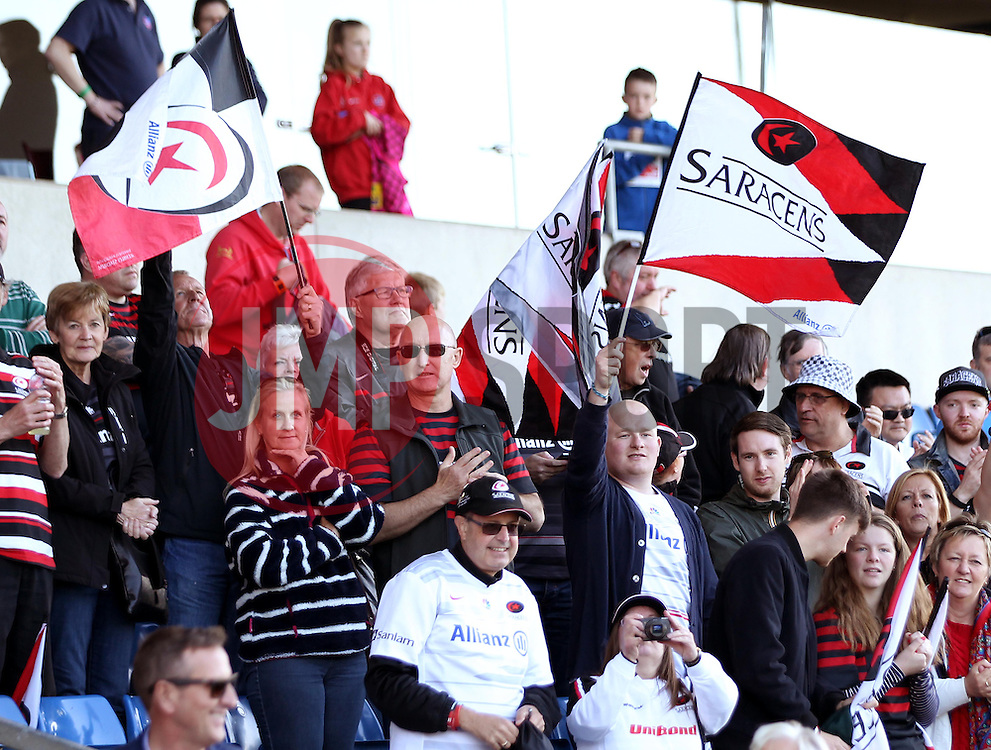 Saracens fans celebrate - Photo mandatory by-line: Robbie Stephenson/JMP - Mobile: 07966 386802 - 16/05/2015 - SPORT - Rugby - Oxford - Kassam Stadium - London Welsh v Saracens - Aviva Premiership