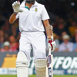 19/08/2012 London, England. South Africa's Hashim Amla indicates to his partner not to run during the third Investec cricket international test match between England and South Africa, played at the Lords Cricket Ground: Mandatory credit: Mitchell Gunn
