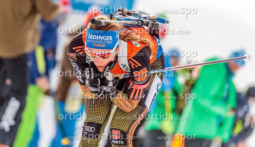 12.02.2017, Biathlonarena, Hochfilzen, AUT, IBU Weltmeisterschaften Biathlon, Hochfilzen 2017, Verfolgung Damen, im Bild Vanessa Hinz (GER) // Vanessa Hinz of Germany // during Ladies pursuit of the IBU Biathlon World Championships at the Biathlonarena in Hochfilzen, Austria on 2017/02/12. EXPA Pictures © 2017, PhotoCredit: EXPA/ JFK