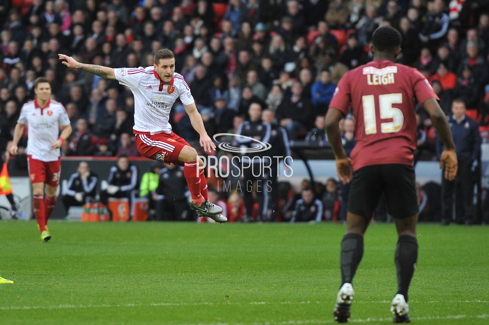 Sheffield United forward Billy Sharp scores goal to go 1-0 up during the Sky Bet League 1 match between Sheffield Utd and Bradford City at Bramall Lane, Sheffield, England on 28 December 2015. Photo by Ian Lyall.