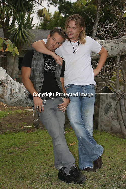 SEAN BROSNAN AND BRAWLEY NOLTE AT FATHERS NICK NOLTES PROPERTY IN MALIBU CALIFORNIA 8.12.08.PIX STEVE BUTLER