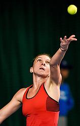 SHENZHEN, Jan. 6, 2018  Simona Halep of Romania serves during the final against Katerina Siniakova of the Czech Republic at the WTA Shenzhen Open tennis tournament in Shenzhen, China, Jan. 6, 2018. Simona Halep won 2-1. (Credit Image: © Mao Siqian/Xinhua via ZUMA Wire)