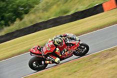 R5 MCE British Superbike Championship Snetterton 300