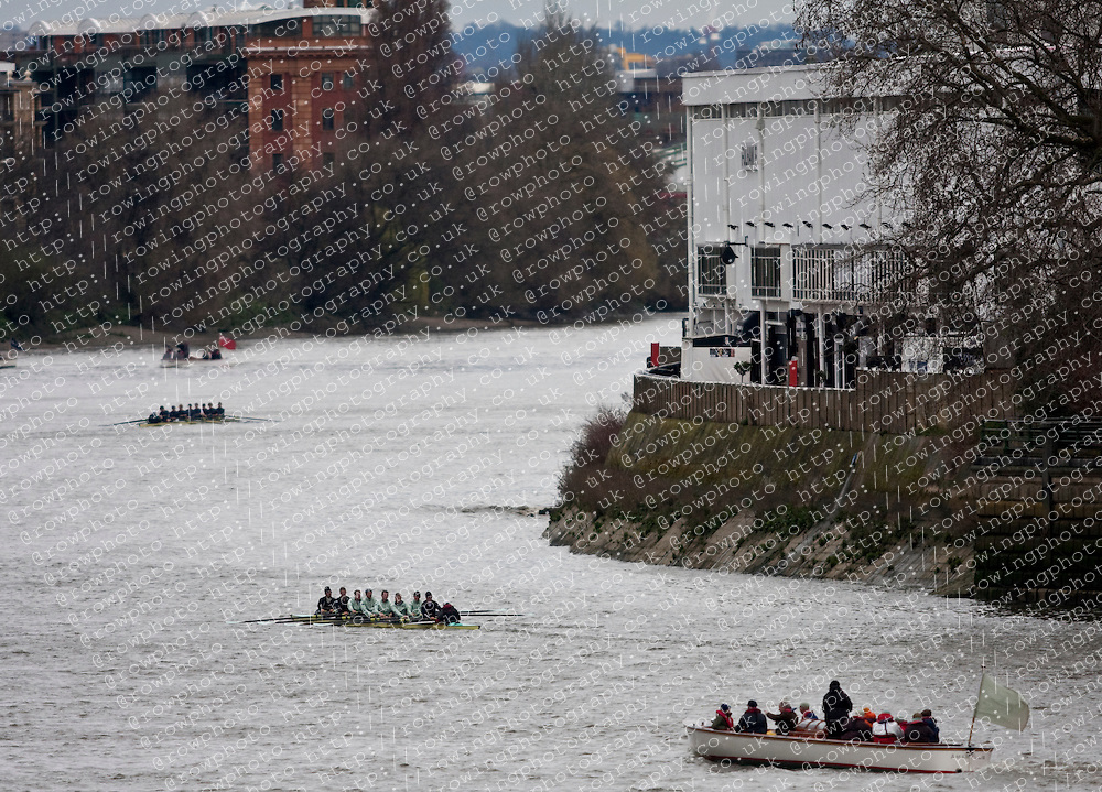 Oxford and Cambridge doing some final training on the Wednesday before the Xchanging Boat Race 2010