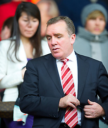 LIVERPOOL, ENGLAND - Sunday, March 28, 2010: Liverpool's commercial director Ian Ayre and his wife during the Premiership match against Sunderland at Anfield. (Photo by: David Rawcliffe/Propaganda)