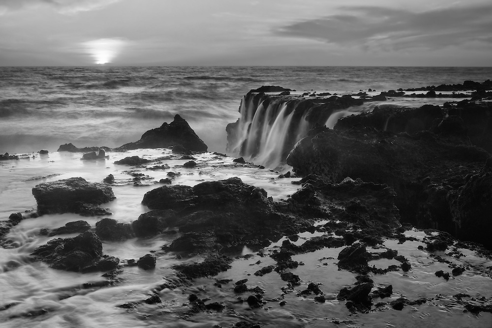 Victoria Beach Rock Shelf Waterfall Into Sunset - Black & White