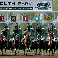 (PPAGE1) Monmouth Park 5/13/2006  Start of the 6th race at Monmouth Park opening day.  Michael J. Treola Staff Photographer.....MJT