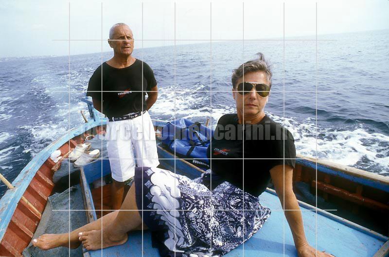 Italian free diver Enzo Maiorca, holding several world records, and his wife Maria (1989) / Enzo Maiorca, apneista più volte detentore del record mondiale di apnea, e sua moglie Maria (1989) - © Marcello Mencarini