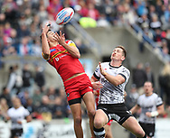 Josh McCrone (R) of Toronto Wolfpack  and Alex Walker (L) of London Broncos challenge for the ball in the air during the Super 8s Qualifiers Million Pound Game at Lamport Stadium, Toronto, Canada<br /> Picture by Stephen Gaunt/Focus Images Ltd +447904 833202<br /> 07/10/2018