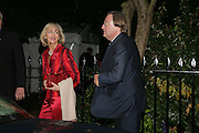 DAVID MELLOR AND PENELOPE VISCOUNTESS COBHAM, Sir David and Lady Carina Frost annual summer party, Carlyle Sq. London. 5 July 2007  -DO NOT ARCHIVE-© Copyright Photograph by Dafydd Jones. 248 Clapham Rd. London SW9 0PZ. Tel 0207 820 0771. www.dafjones.com.