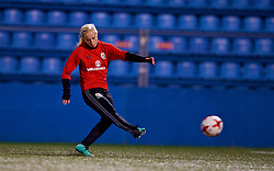 SAINT PETERSBURG, RUSSIA - Sunday, October 22, 2017: Wales' Nadia Lawrence during a training session at the Petrovsky Minor Sport Arena ahead of the FIFA Women's World Cup 2019 Qualifying Group 1 match between Russia and Wales. (Pic by David Rawcliffe/Propaganda)