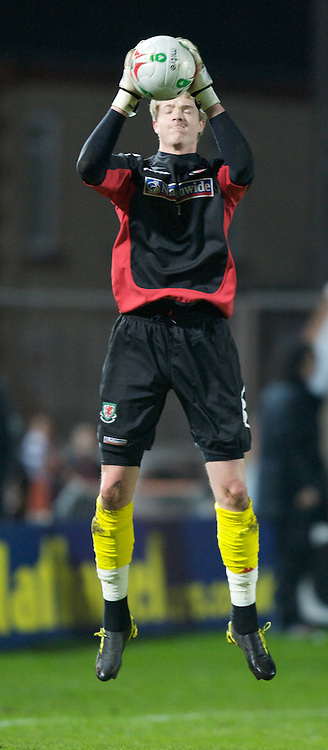 WREXHAM, WALES - Wednesday, February 6, 2008: Wales' goalkeeper Wayne Hennessey warms-up before the international friendly match against Norway at the Racecourse Ground. (Photo by David Rawcliffe/Propaganda)