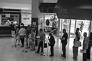 Roma, 03/06/2015: utenti in fila nella sede INPS di via Amba Aradam