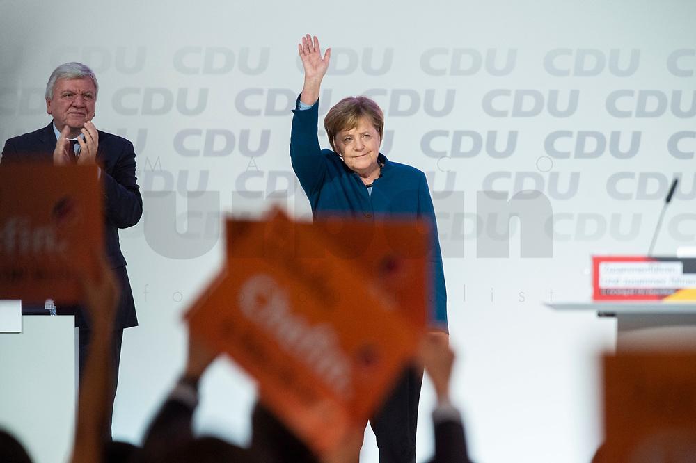 07 DEC 2018, HAMBURG/GERMANY:<br /> Angela Merkel, CDU, Bundeskanzlerin, nach Ihrer letzten Rede als Parteivorsitzende, CDU Bundesparteitag, Messe Hamburg<br /> IMAGE: 20181207-01-040<br /> KEYWORDS: party congress, Appluas, applaudiren, klatschen, Jubel