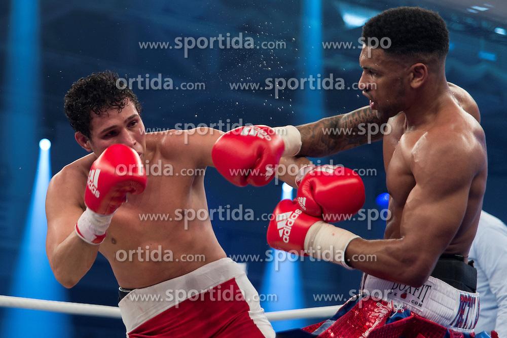 12.03.2016, Jahnsportforum, Neubrandenburg, GER, Boxgala, WBA Weltmeisterschaftskampf, im Bild v.l. Freddy Kiwitt (United Kingdom) vs Michael Mora (Nicaragua) Welterweight // during the WBA Light Heavyweight World Championship Boxgala at the Jahnsportforum in Neubrandenburg, Germany on 2016/03/12. EXPA Pictures &copy; 2016, PhotoCredit: EXPA/ Eibner-Pressefoto/ Koch<br /> <br /> *****ATTENTION - OUT of GER*****