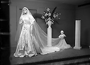 01/06/1954<br /> 06/01/1954<br /> 01 June 1954<br /> Bridal dress Display at the Little Theatre in Brown Thomas and Co. Ltd., Grafton Street, Dublin.