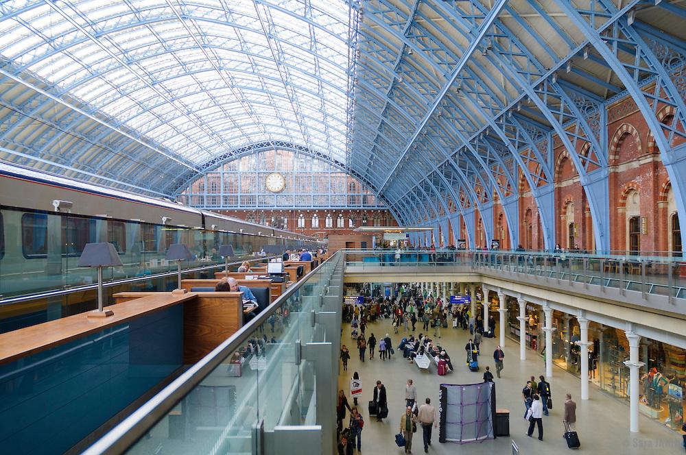 St. Pancras International rail station, London, England, UK, Europe