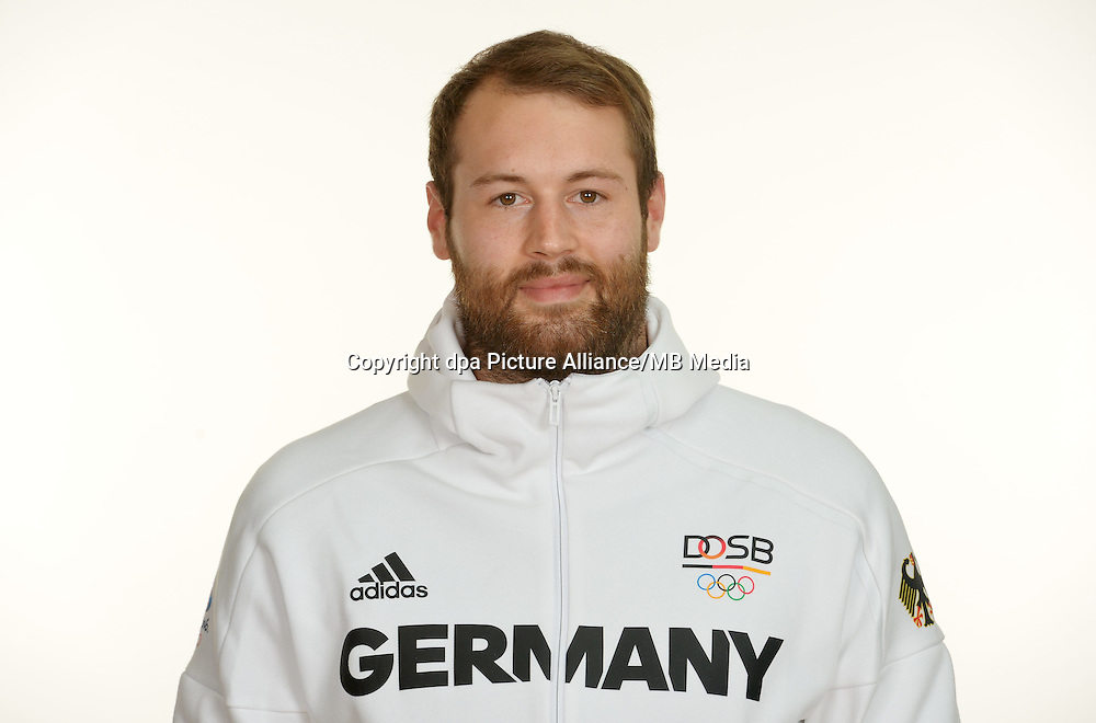 Steffen Fäth poses at a photocall during the preparations for the Olympic Games in Rio at the Emmich Cambrai Barracks in Hanover, Germany. July 27, 2016. Photo credit: Frank May/ picture alliance.   usage worldwide