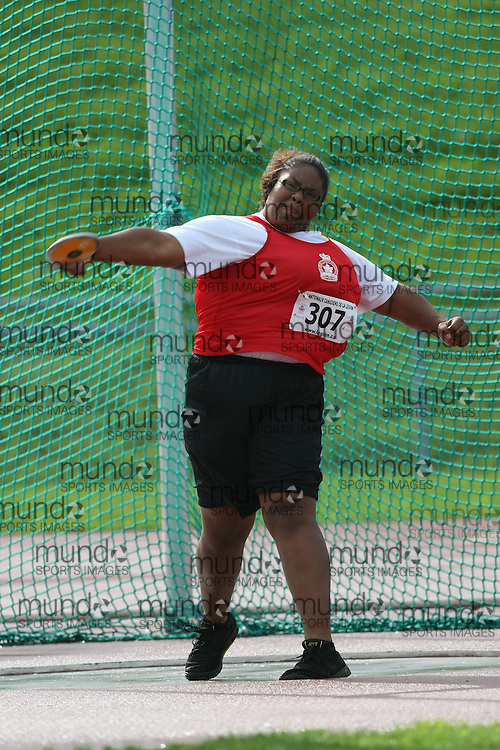 (Sherbrooke, Quebec---10 August 2008) Rayan Chin competing in the youth girls discus at the 2008 Canadian National Youth and Royal Canadian Legion Track and Field Championships in Sherbrooke, Quebec. The photograph is copyright Sean Burges/Mundo Sport Images, 2008. More information can be found at www.msievents.com.