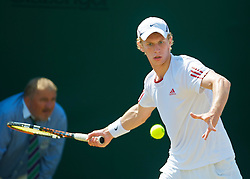 LONDON, ENGLAND - Tuesday, June 30, 2009: Tom Farquharson (GBR) during the Boys' Singles 2nd Round match on day eight of the Wimbledon Lawn Tennis Championships at the All England Lawn Tennis and Croquet Club. (Pic by David Rawcliffe/Propaganda)