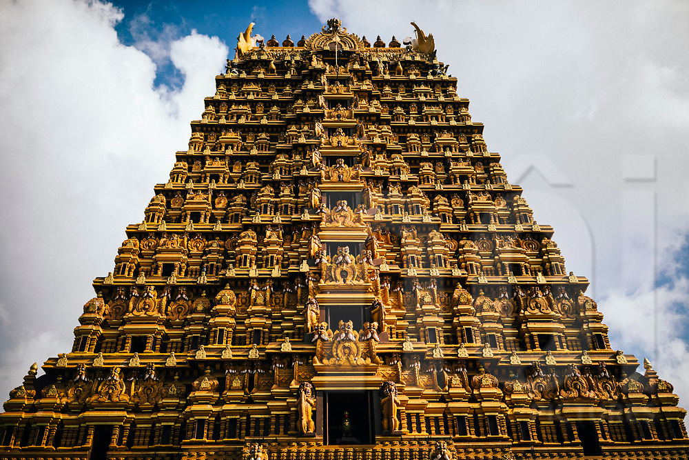 The Nallur Kandaswamy temple, one of Jaffna's most sacred Hindu sites, Jaffna, Sri Lanka, Asia
