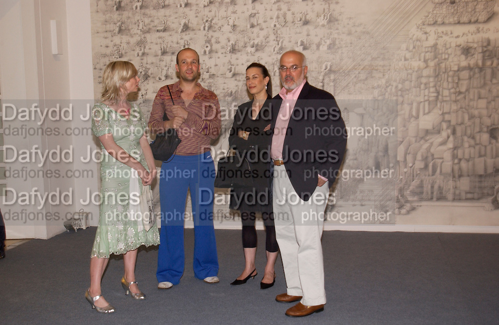 Georgina Starr, Paul Noble, Maureen Paley and Jay Gorney, Paul Noble and Tobias Rehberger opening, Whitechapel. 9 September 2004.  SUPPLIED FOR ONE-TIME USE ONLY-DO NOT ARCHIVE. © Copyright Photograph by Dafydd Jones 66 Stockwell Park Rd. London SW9 0DA Tel 020 7733 0108 www.dafjones.com