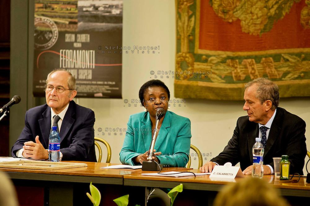 Roma 7 Ottobre 2013<br /> Il presidente del Museo della Shoah Leone Paserman il Ministro per l'integrazione, Cécile Kyenge, alla Commemorazione del 70° anniversario della liberazione del campo di Ferramonti di Tarsia e della proiezione del documentario «Ferramonti, il campo sospeso».