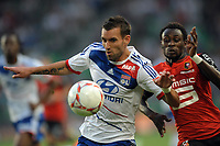 FOOTBALL - FRENCH CHAMPIONSHIP 2012/2013 - L1 - STADE RENNAIS v OLYMPIQUE LYONNAIS - 11/08/2012 - PHOTO PASCAL ALLEE / HOT SPORTS / DPPI - ANTHONY REVEILLERE (OL) / JONATHAN PITROIPA (RENNES)
