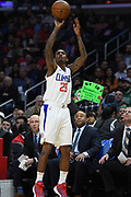 LA Clippers guard Lou Williams #23 stops and pops from the outside in the fist quarter. The Los Angeles Clippers played the Boston Celtics in a regular season NBA matchup in Los Angeles, CA 1/025/2018 (Photo by John McCoy, Los Angeles Daily News/SCNG)
