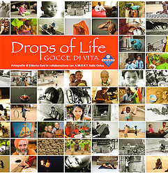 The photographs of this publication are &quot;drops of life&quot;, fragments of existences far away from the lights of the History: people, motions, uses and customs characterized by a deep humanity, a daily war for survive. Amurt Italy NPO is working from their &quot;side&quot; for more than 25 years: is present in 80 countries and guiding principle is the belief that a team of highly motivated and dedicated people can make an important difference to the lives of countless individuals living in extreme poverty. The success of this principle has ispired people in many countries all over the world to work tirelessly together in order to alleviate the suffering and ameliorate the living conditions of such individuals. All projects supported and implemented by Amurt are community based, emphasising and encouraging maximum participation from the local community in determining its own future.<br /> <br /> 22x22cm, 32 pages, 47 photographs,&nbsp;published for AMURT Italia NPO (2010)