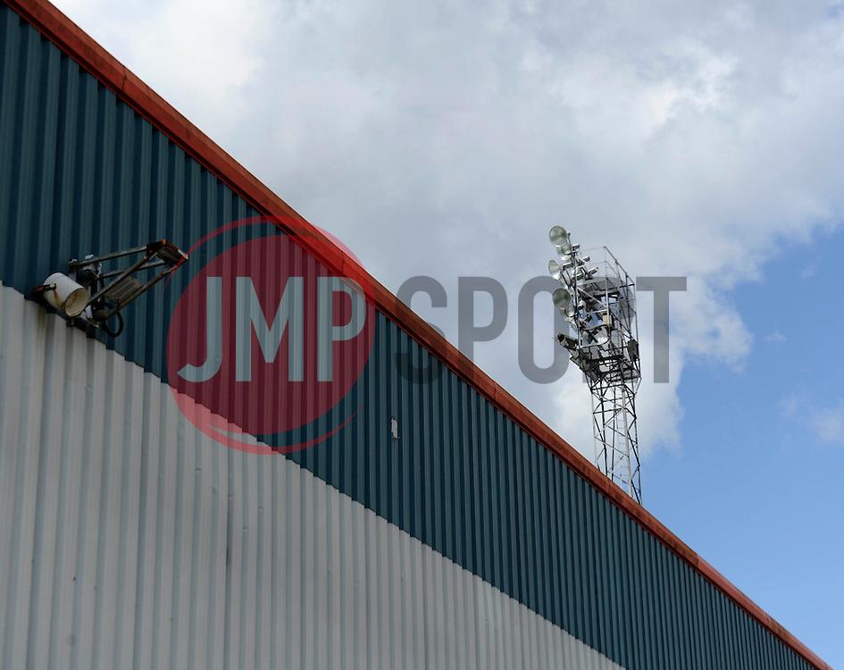 Floodlight at Rochdale, Spotland Stadium - Photo mandatory by-line: Dougie Allward/JMP - Mobile: 07966 386802 23/08/2014 - SPORT - FOOTBALL - Manchester - Spotland Stadium - Rochdale AFC v Bristol City - Sky Bet League One