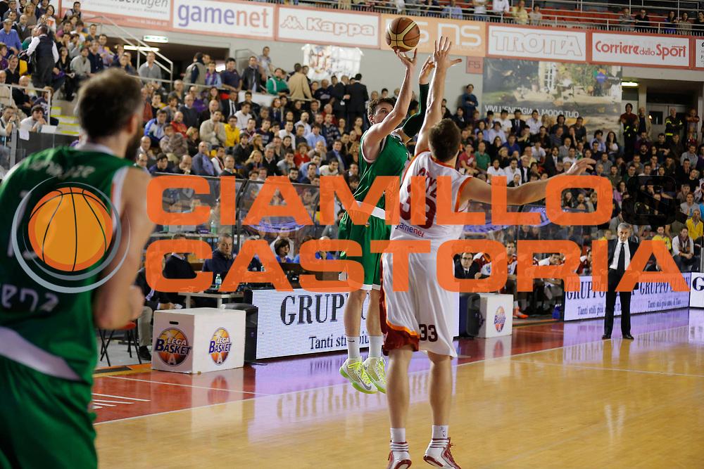 DESCRIZIONE : Roma Lega A 2012-13 Acea Virtus Roma Montepaschi Siena<br /> GIOCATORE : Kristjan Kangur<br /> CATEGORIA : tiro<br /> SQUADRA : Montepaschi Siena<br /> EVENTO : Campionato Lega A 2012-2013 <br /> GARA : Acea Virtus Roma Montepaschi Siena<br /> DATA : 12/11/2012<br /> SPORT : Pallacanestro <br /> AUTORE : Agenzia Ciamillo-Castoria/ElioCastoria<br /> Galleria : Lega Basket A 2012-2013  <br /> Fotonotizia : Roma Lega A 2012-13 Acea Virtus Roma Montepaschi Siena<br /> Predefinita :