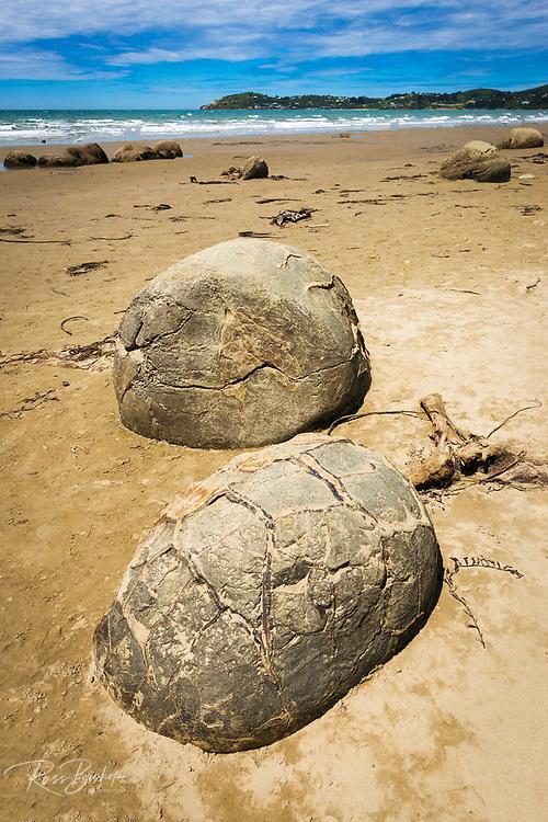 Moeraki boulders, Moeraki, Otago, South Island, New Zealand