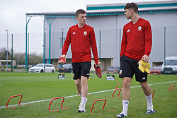 NEWPORT, WALES - Thursday, March 21, 2019: Wales' Nathan Broadhead (L) during an Under-21 training session at Dragon Park. (Pic by David Rawcliffe/Propaganda)