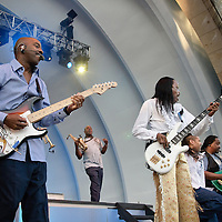 Earth Wind and Fire - Toledo Zoo Amphitheater - June, 2010