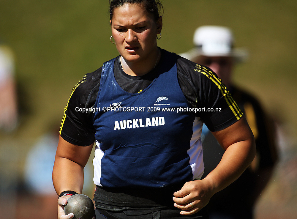 Auckland's Valerie Vili approaches the circle for her final throw in the women's shot put.<br /> National athletics championships, Day Two at Newtown Park, Wellington. Friday, 27 March 2009. Photo: Dave Lintott/PHOTOSPORT