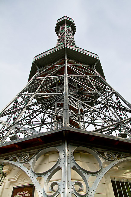 The Pet?ín Lookout Tower (Pet?ínská rozhledna). Different views from Prague (Praha), the capital of the Czech Republic.  o (Photo: Alan Aubry)