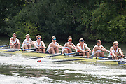 """Henley on Thames, United Kingdom, 4th July 2018, Wednesday, View, Heat of the """"Temple Challenge Cup"""", Orange Coast College, USA, first day of the annual,  """"Henley Royal Regatta"""", Henley Reach, River Thames, Thames Valley, England,© Peter SPURRIERAlamy Live News,"""