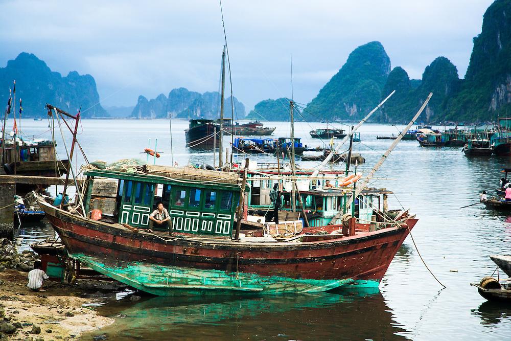 Boats and fishermen, Vietnam