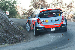 14.01.2014, Shakedownstrecke, Monte Carlo, FRA, FIA, WRC, Rallye Monte Carlo, Shakedown, im Bild NEUVILLE Thierry / GILSOUL Nicolas ( Hyundai Motorsport (GER) / Hyundai i20 ), Heckansicht // during the Shakedown of FIA Rallye Monte Carlo held near Monte Carlo, France on 2014/01/14. EXPA Pictures © 2014, PhotoCredit: EXPA/ Eibner-Pressefoto/ Neis<br /> <br /> *****ATTENTION - OUT of GER*****