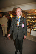 Terence Tofield, The opening  day of the Grosvenor House Art and Antiques Fair.  Grosvenor House. Park Lane. London. 14 June 2006. ONE TIME USE ONLY - DO NOT ARCHIVE  © Copyright Photograph by Dafydd Jones 66 Stockwell Park Rd. London SW9 0DA Tel 020 7733 0108 www.dafjones.com