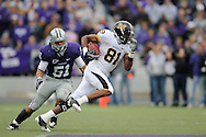 MANHATTAN, KS - NOVEMBER 14:  Wide receiver Danario Alexander #81 of the Missouri Tigers brakes up field past linebacker Ulla Pomele #51 of the Kansas State Wildcats after making a catch for a 80 yard touchdown in the third quarter on November 14, 2009 at Bill Snyder Family Stadium in Manhattan, Kansas.  (Photo by Peter G. Aiken/Getty Images)